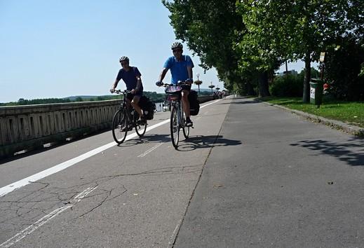 3cc830eed Cyklista prešiel na červenú a ešte aj nafúkal. Polícia pripomína povinnosti  cyklistov